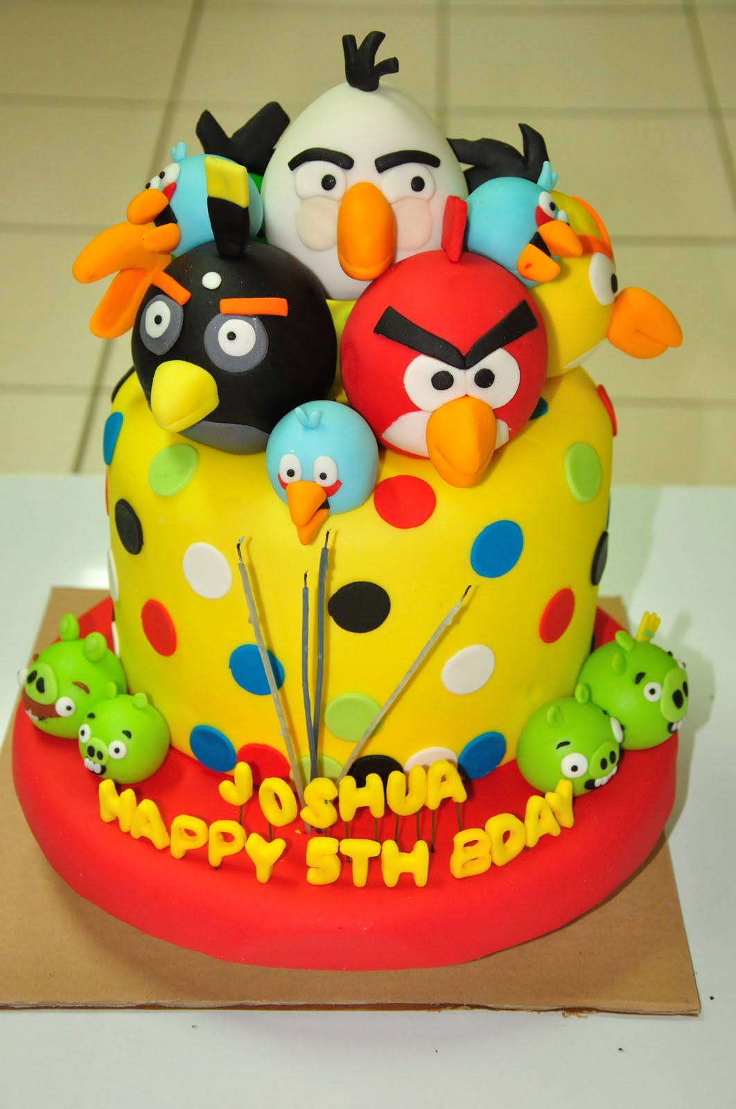 Tremendous 11 Anger Bird Birthday Cakes Photo Angry Bird Idea Birthday Cake Funny Birthday Cards Online Sheoxdamsfinfo
