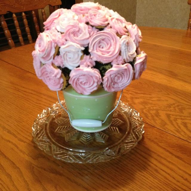 12 A Rose In Flower Pot Cupcakes Photo - Rose Flower Pot Cupcake ...