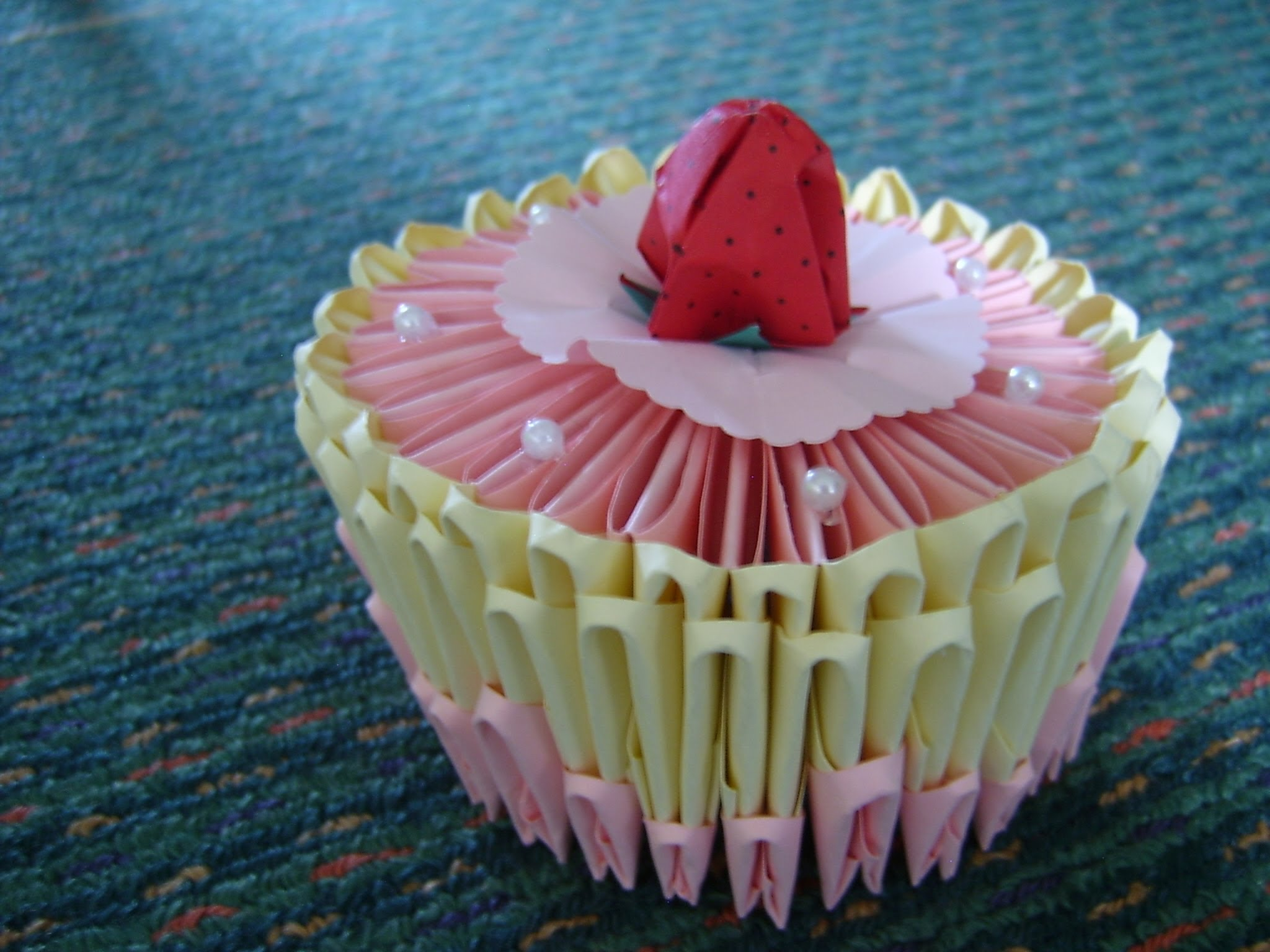 ▷ Origami - Let's learn to make a Cup Cake (HD) - YouTube ... | 1536x2048