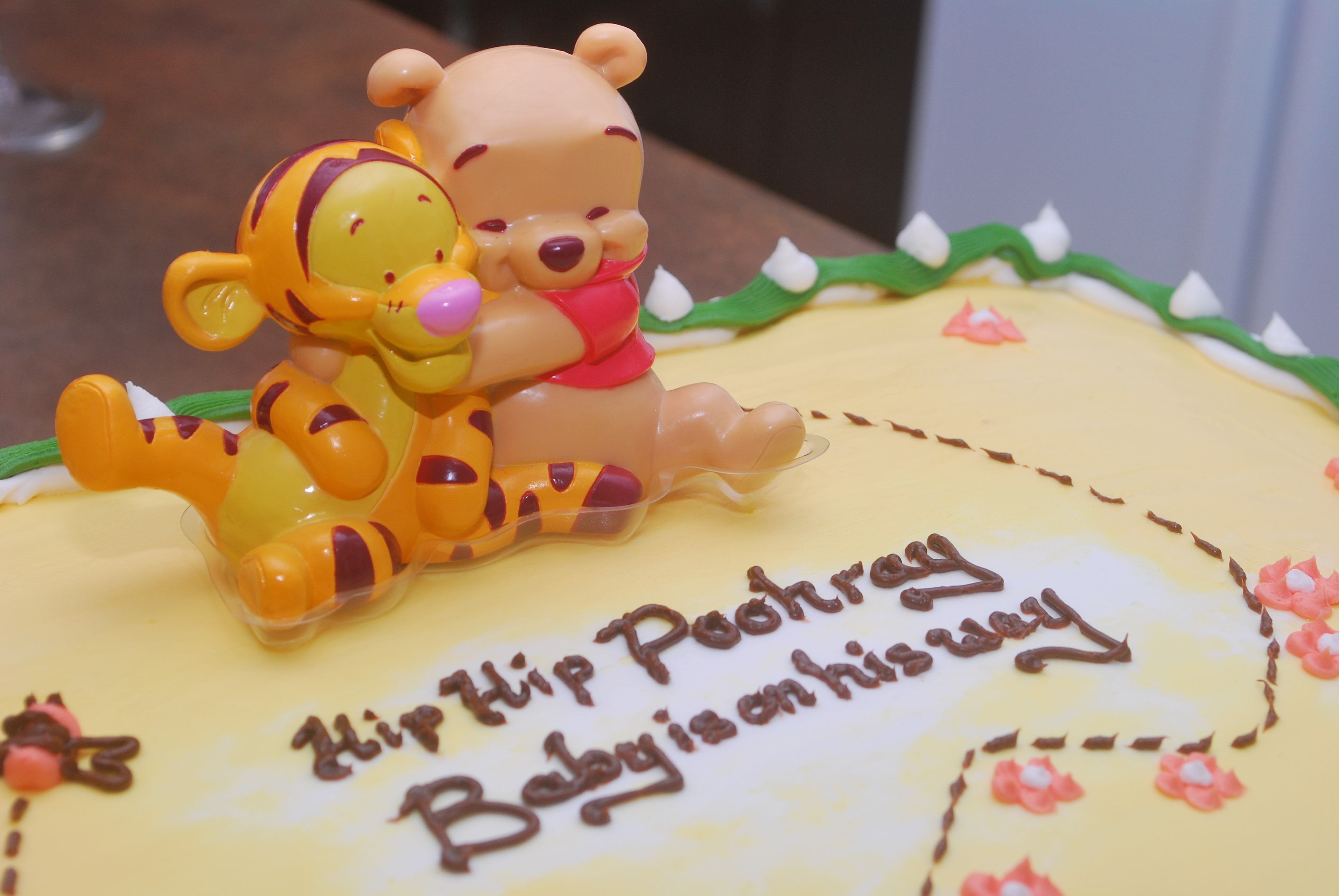 9 Set Up And The Pooh Baby Shower Boy Cakes Winn Photo Winnie The
