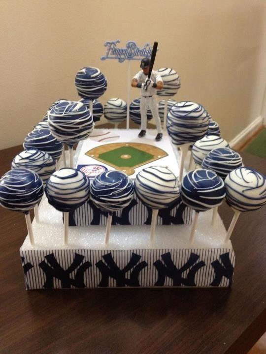 Superb 8 New York Yankees Cake Cupcakes Photo New York Yankees Birthday Funny Birthday Cards Online Benoljebrpdamsfinfo