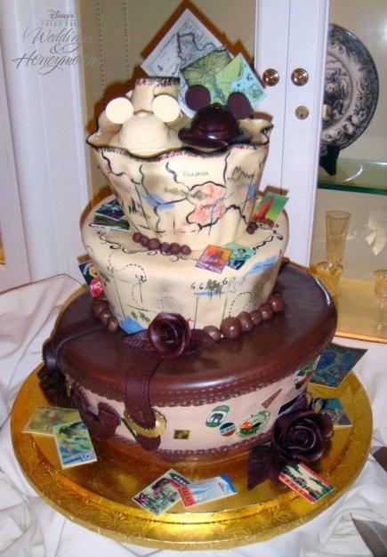 12 Vintage Disney Cakes Photo - Disney-themed Wedding Cake, Vintage ...