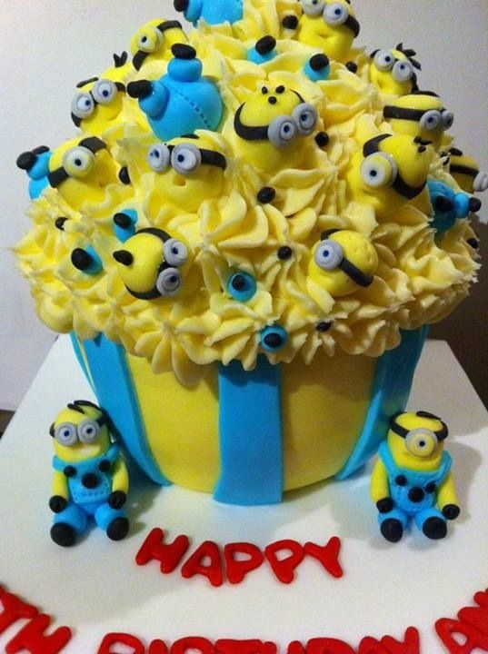 Minion Birthday Cupcakes Cakes