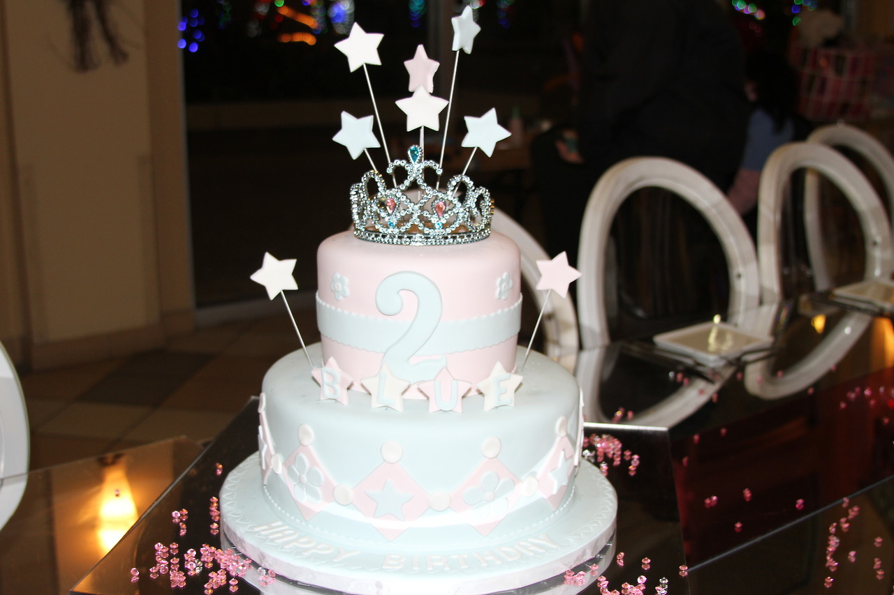Prime 9 Baby Blue Ivy Birthday Cupcakes Photo Blue Ivy 2015 Blue Ivy Personalised Birthday Cards Cominlily Jamesorg