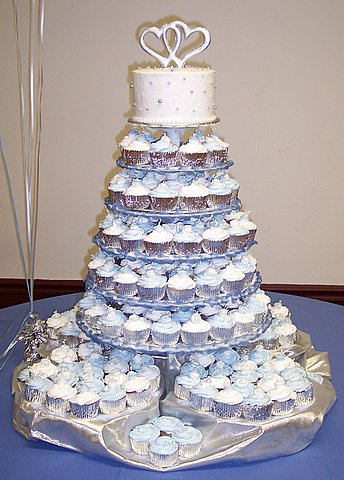 6 Blue Wedding Cake Cupcakes Photo Blue Wedding Cake And Cupcakes