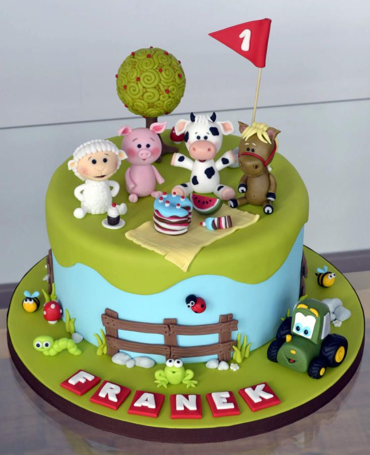 Awesome 11 Farm Animal Cakes Photo Farm Birthday Cake Farm Animals Cake Funny Birthday Cards Online Alyptdamsfinfo