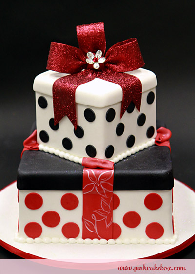 7 Christmas Red And White Birthday Cakes Photo White Christmas