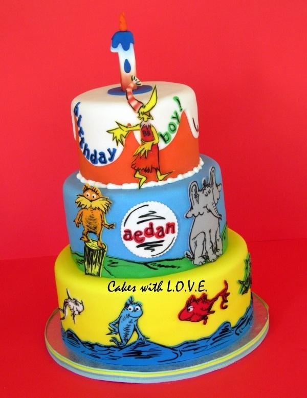 10 Dr Seuuss Cakes Photo Dr Seuss Birthday Cake Dr Seuss Cake