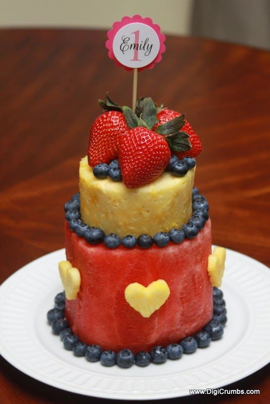 11 Made Out Of Cut Fresh Fruits Cakes Photo Cakes Made with Fresh