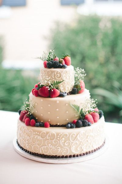 11 Wedding Cakes From Fruit Photo Wedding Cake With Fruit And