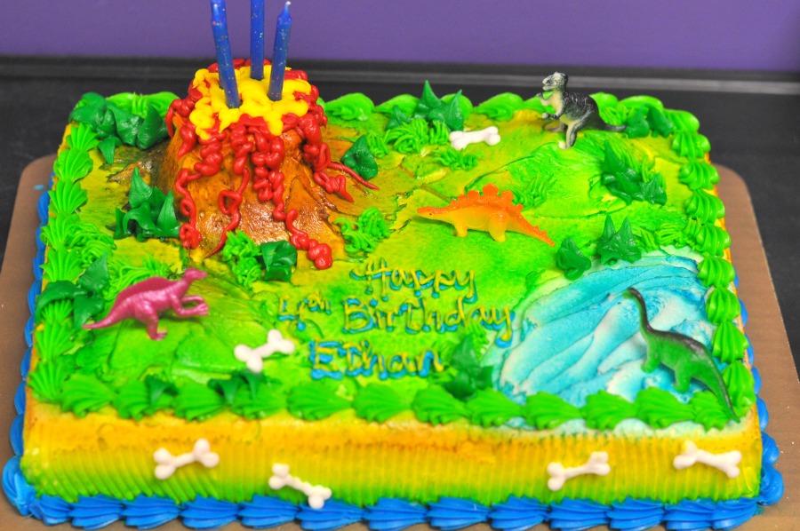 Tremendous 11 Harris Teeter Dinosaur Cakes Photo Grocery Harris Teeter Personalised Birthday Cards Veneteletsinfo
