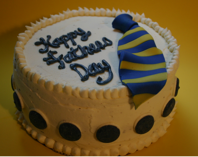 6 Photos of Happy Father's Day Cakes