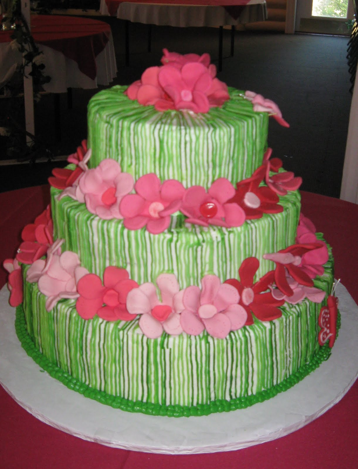12 Red And Green Wedding Cakes Photo - Pink and Lime Green Wedding ...