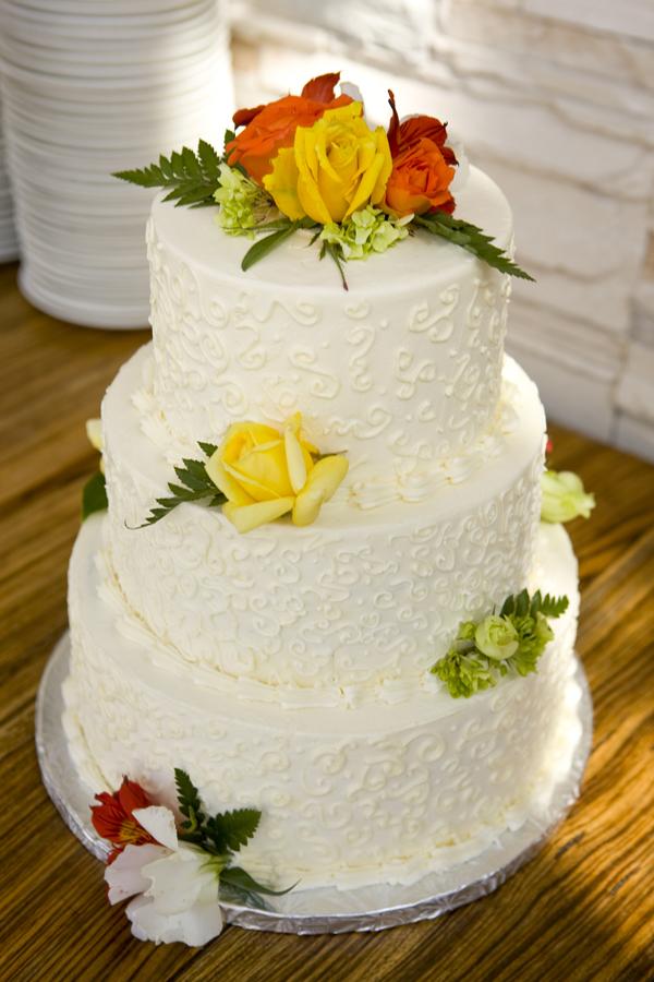 Whole Foods Bakery Wedding Cake