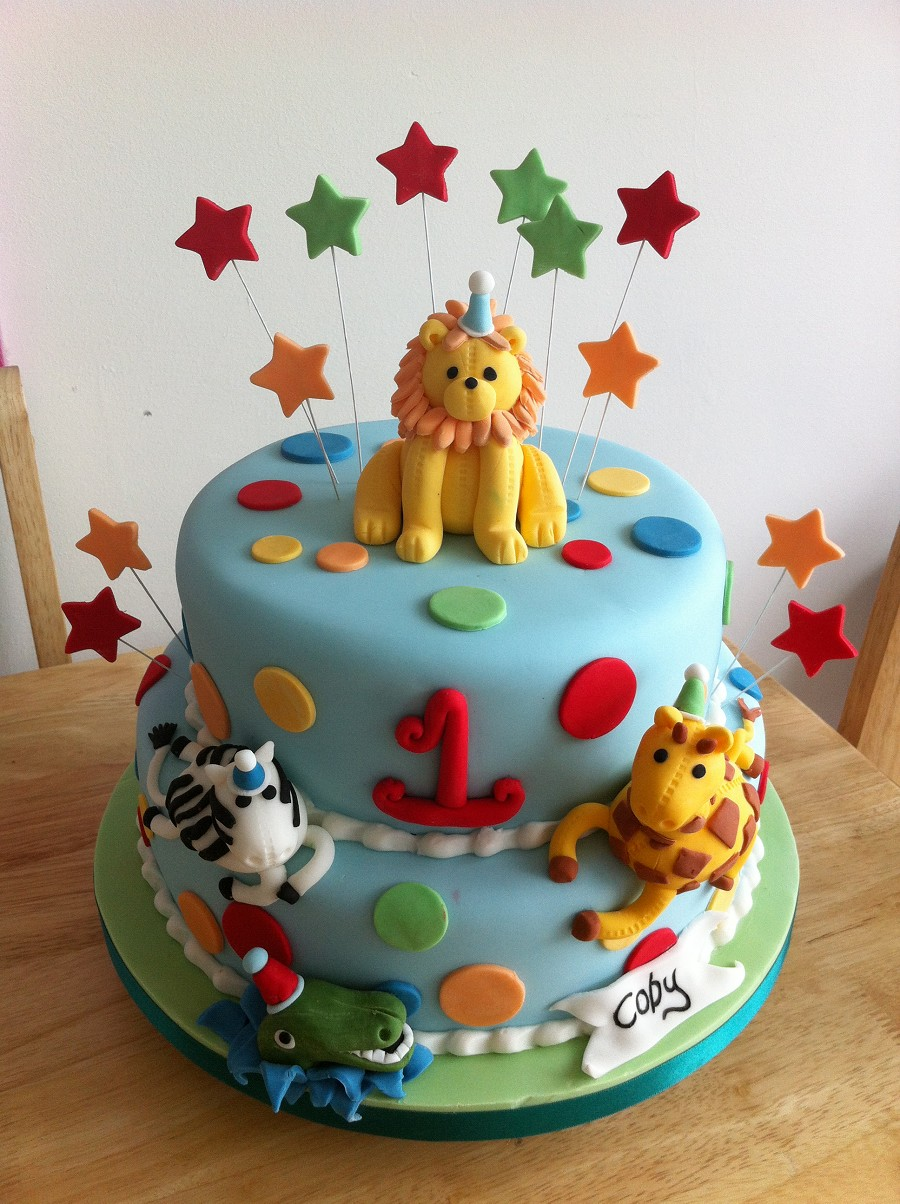 Jungle Animal Theme Birthday Cakes