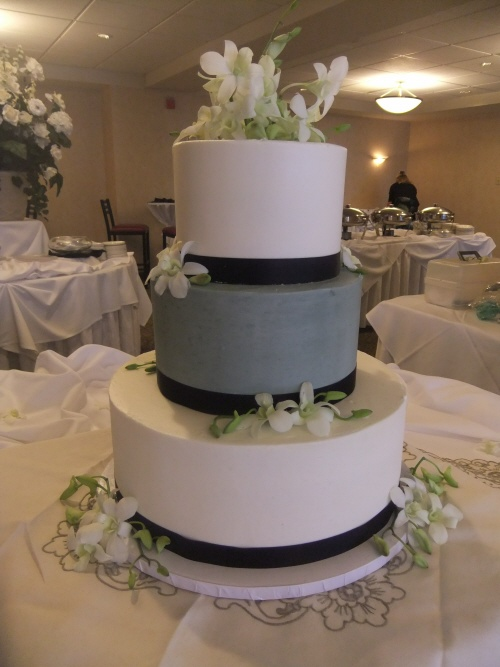9 Grey With Navy Wedding Cakes Photo Navy Blue And Yellow Wedding