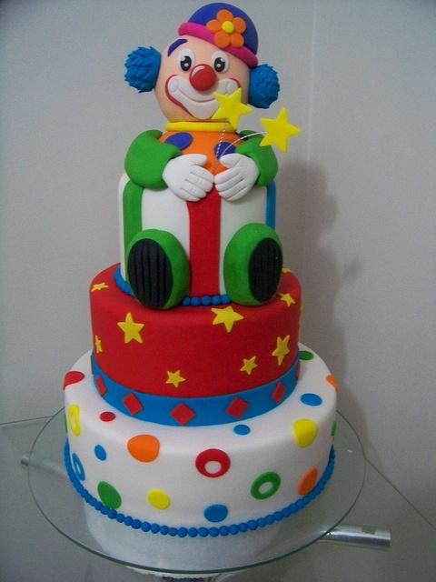 9 Cartoon Clowns And Birthday Cakes Photo Clown Birthday Cake