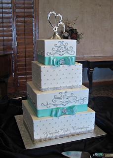 Elegant Buttercream Wedding Cakes with Bling