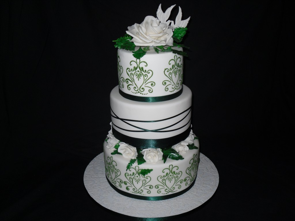 12 Emerald Green Wedding Cakes Photo , Emerald Green Cake