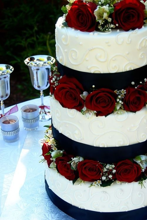 Black And White Wedding Cakes With Red Flowers Flowers Healthy