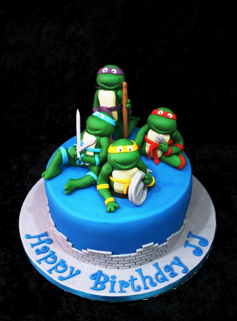 Fine 12 Turule Ninja Cakes Photo Ninja Turtle Birthday Cake Simple Funny Birthday Cards Online Necthendildamsfinfo