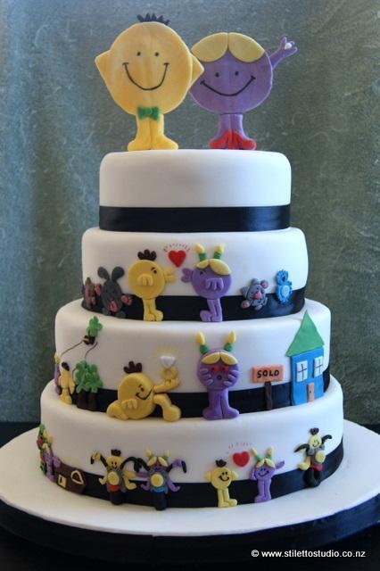 9 Men Wedding Cupcakes Photo Tuxedo Cake Green White Wedding