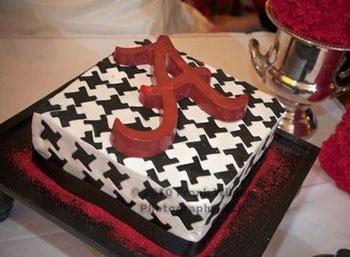 Wondrous 12 U Alabama Themed Cakes Photo Alabama Crimson Tide Happy Funny Birthday Cards Online Overcheapnameinfo