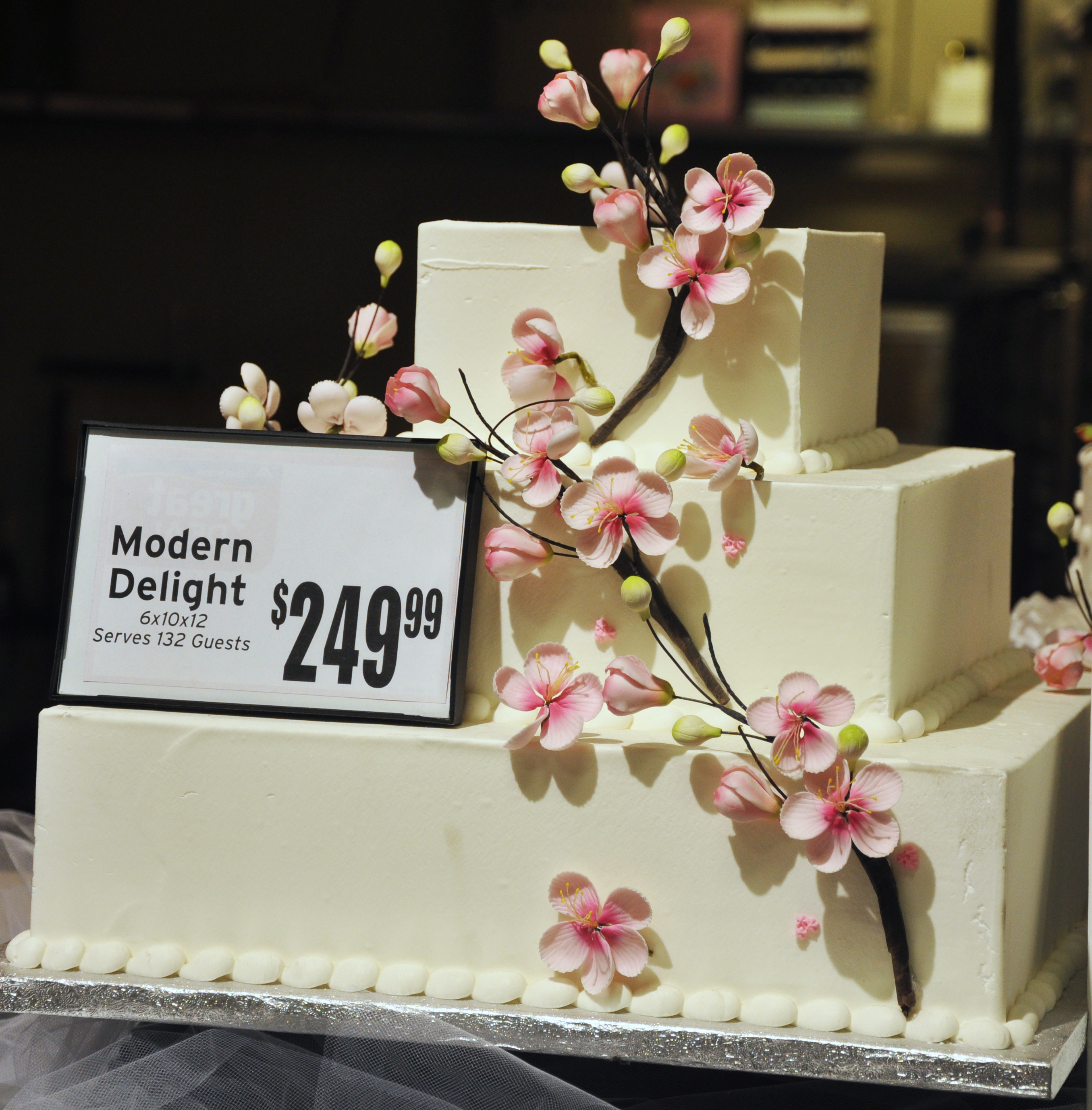 11 Cakes At Albertsons Grocery Store Photo Albertsons Wedding