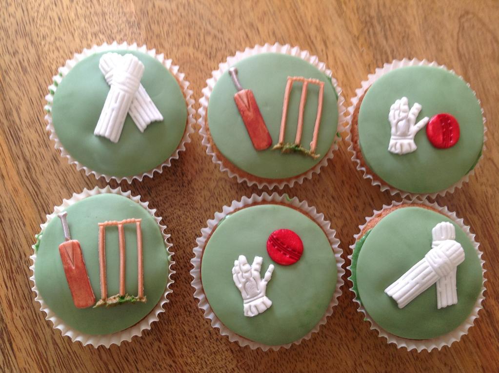 Cricket Theme Birthday Cake On