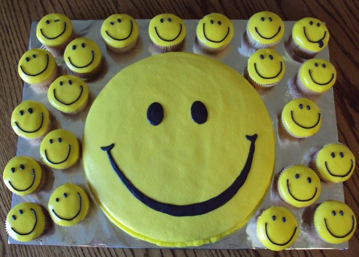 9 Birthday Cupcakes With Faces Photo Smiley Face Cupcake Cake