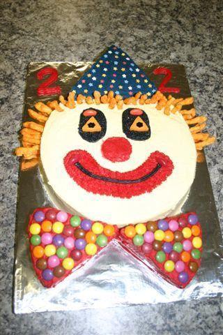 11 Clown Cupcakes Birthday Party Photo Clown Cupcakes Clown