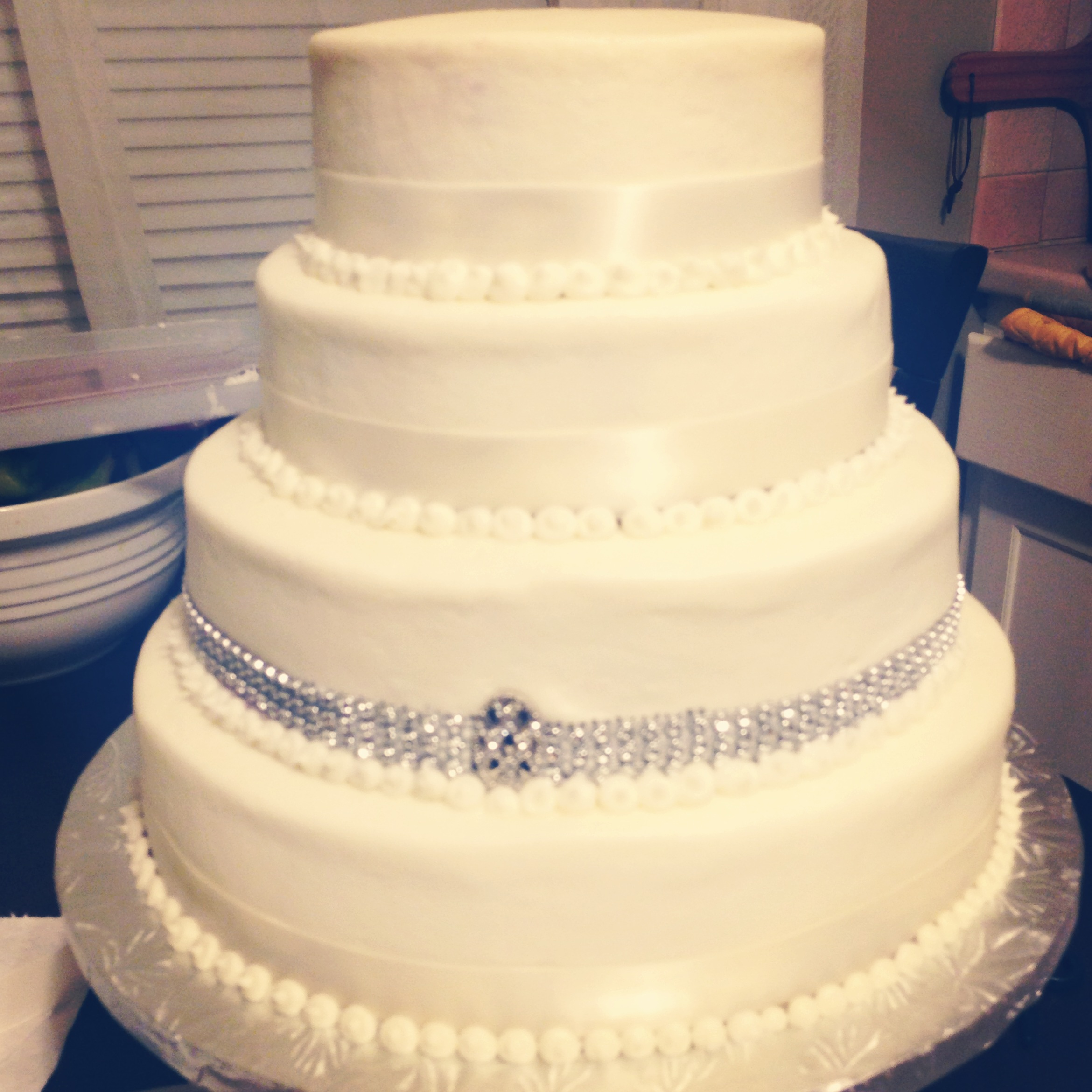 10 Five Tier Wedding Cakes Bling Photo - Red Roses Wedding Cakes ...