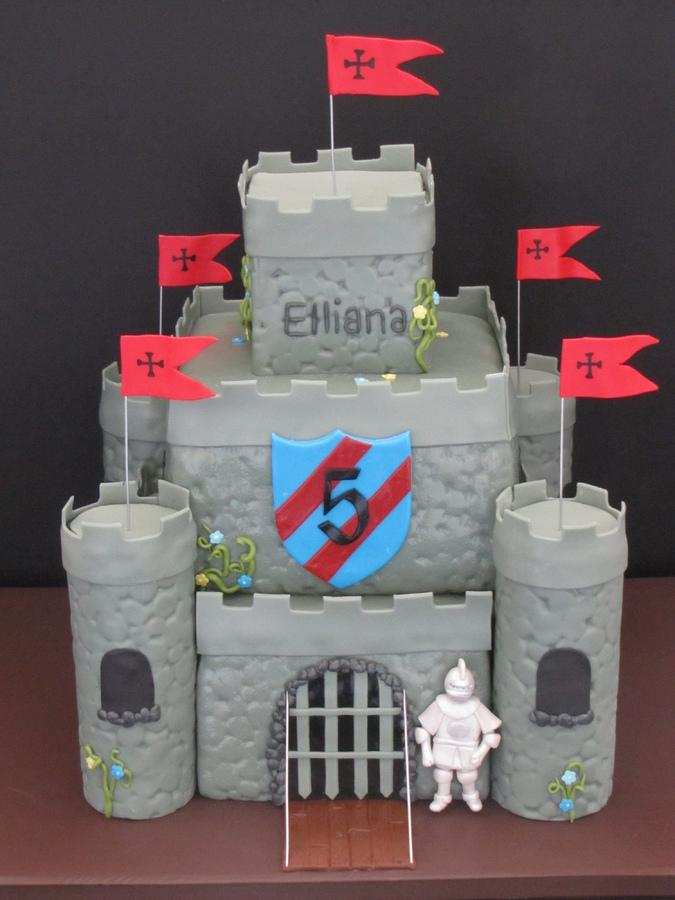 Sensational 11 Medieval Castle Cakes For Boys Photo Castle Birthday Cake Funny Birthday Cards Online Overcheapnameinfo