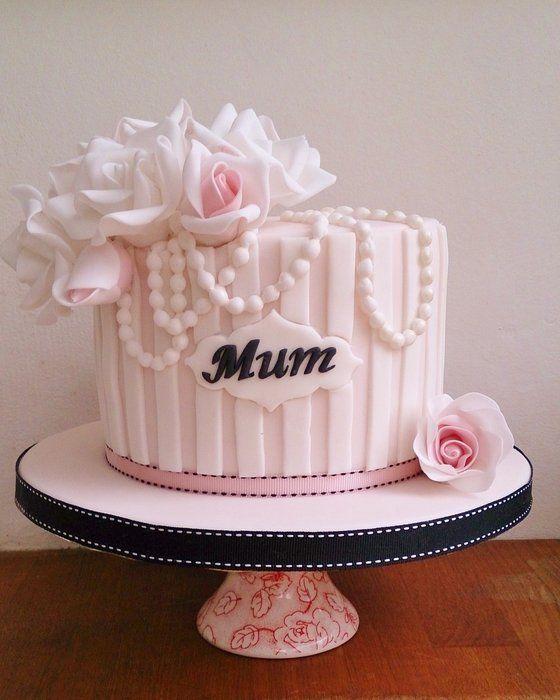 11 Mom In Style Of Glamorous Birthday Cakes Photo Mums Birthday