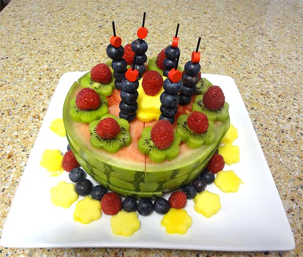 7 Edible Fruit Cakes Photo - Edible Fruit Arrangement ...