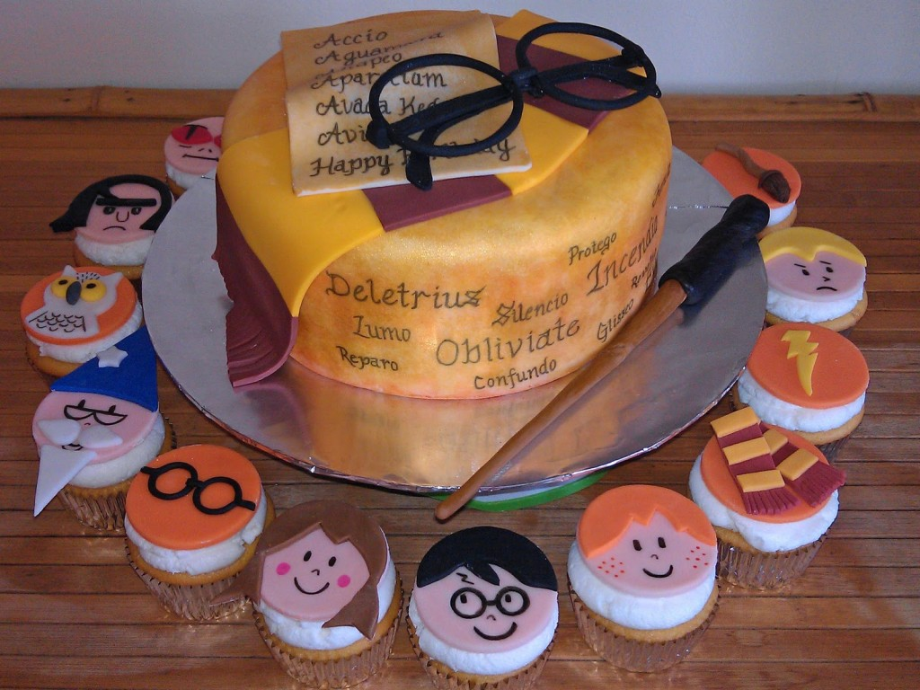 11 Harry Potter Cupcakes Wand Photo Harry Potter Cupcakes Harry