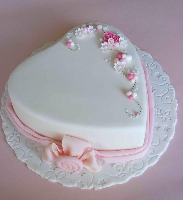 11 Heart Shaped Birthday Cakes For Women Photo Heart Shaped