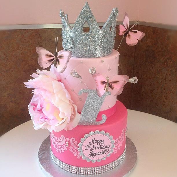 11 Pretty 1st Birthday Princess Cakes Photo Girls Princess