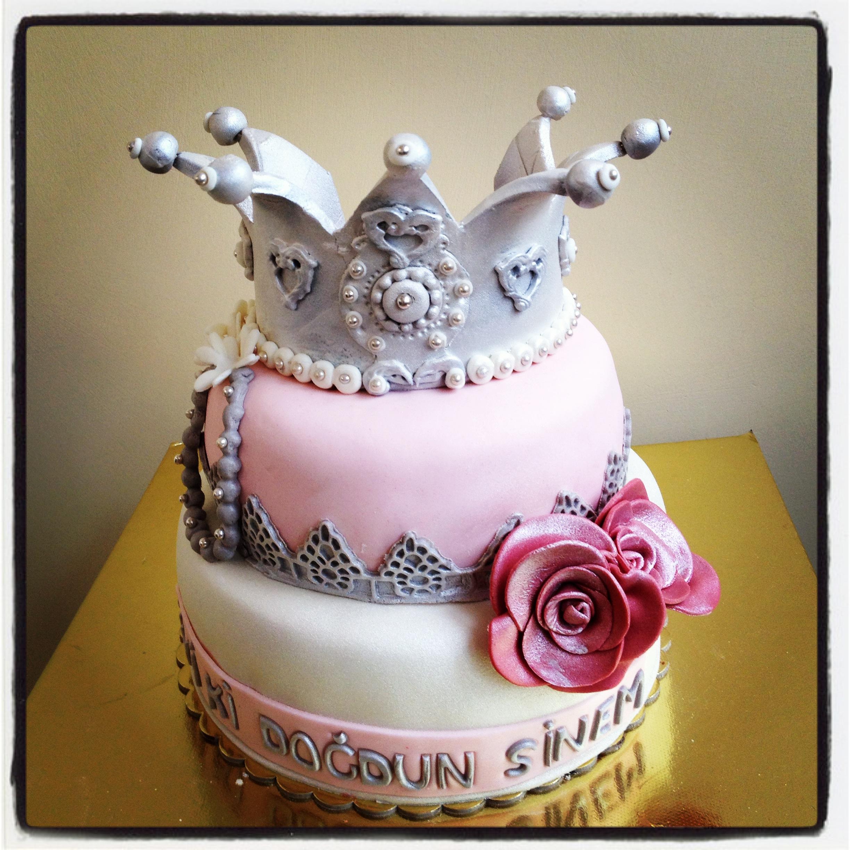 7 Queen Mom Bday Cakes Photo Beauty Queen Birthday Cake Happy