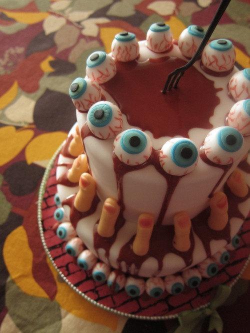 11 Scary Cupcake Halloween Birthday Cakes Photo Halloween Fondant