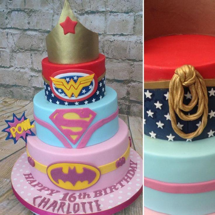 12 Women Superhero Cakes Photo