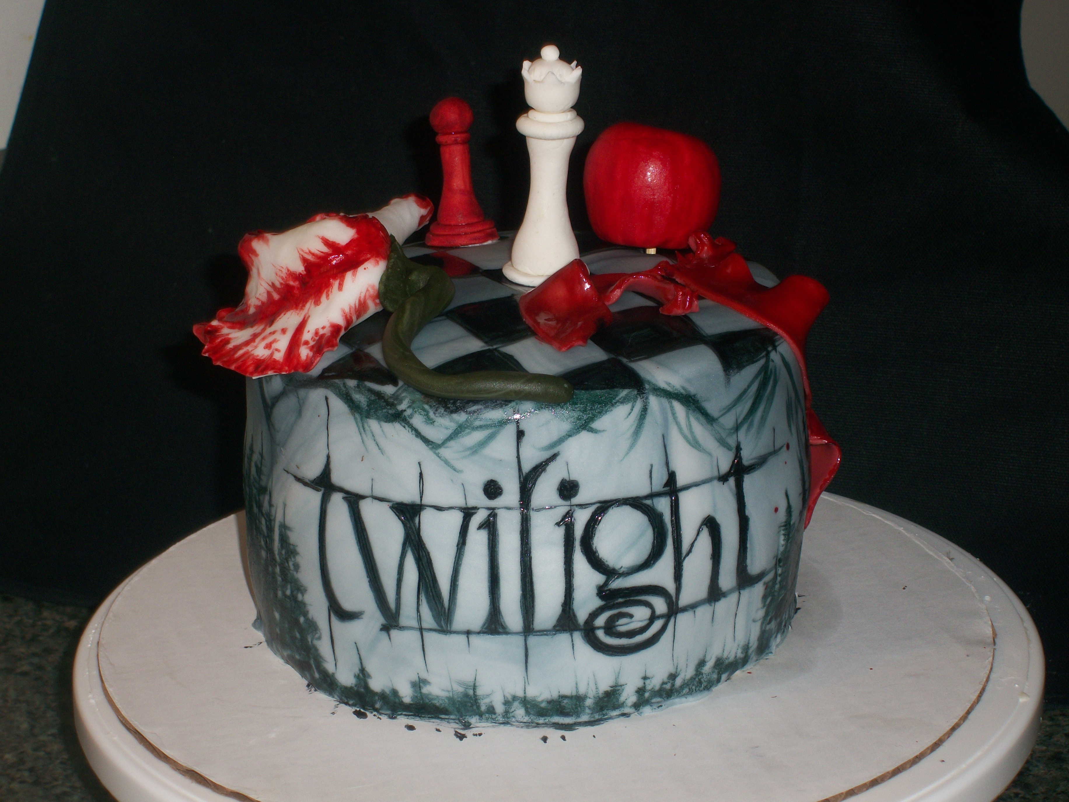 Awesome 5 Fan Made Twilight Cakes Professional Cakes Photo Twilight Funny Birthday Cards Online Overcheapnameinfo