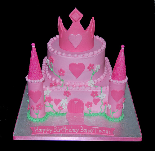 Terrific 11 Castle Cakes For First Birthday Girl Photo First Birthday Funny Birthday Cards Online Elaedamsfinfo