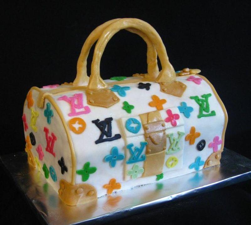 12 Pocketbook Birthday Cakes Photo Purse Birthday Cake Ideas