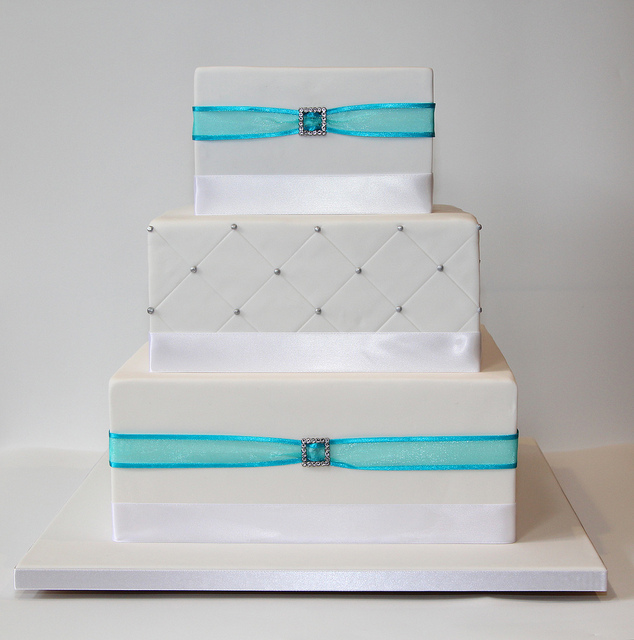 12 3 Tier Square Wedding Cakes On Stands Photo - 3 Tier Square ...