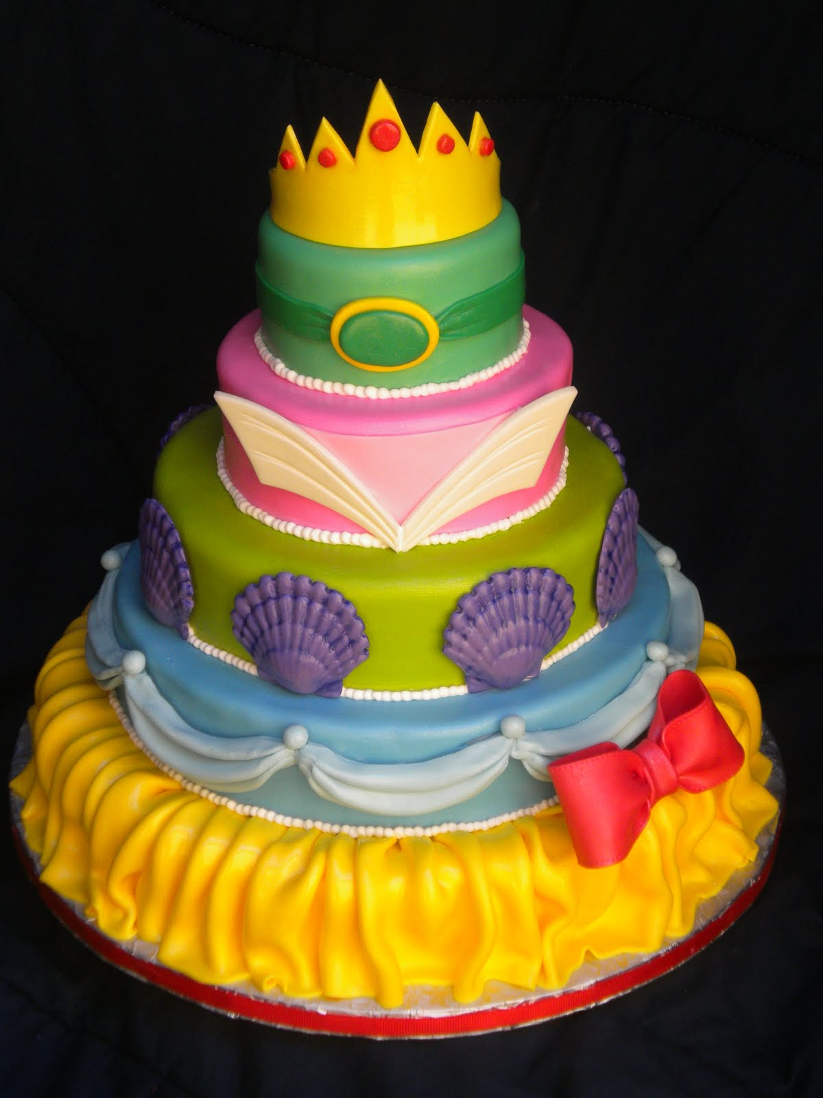 11 Disneys Princess Themed Cakes Photo Disney Princess Cake
