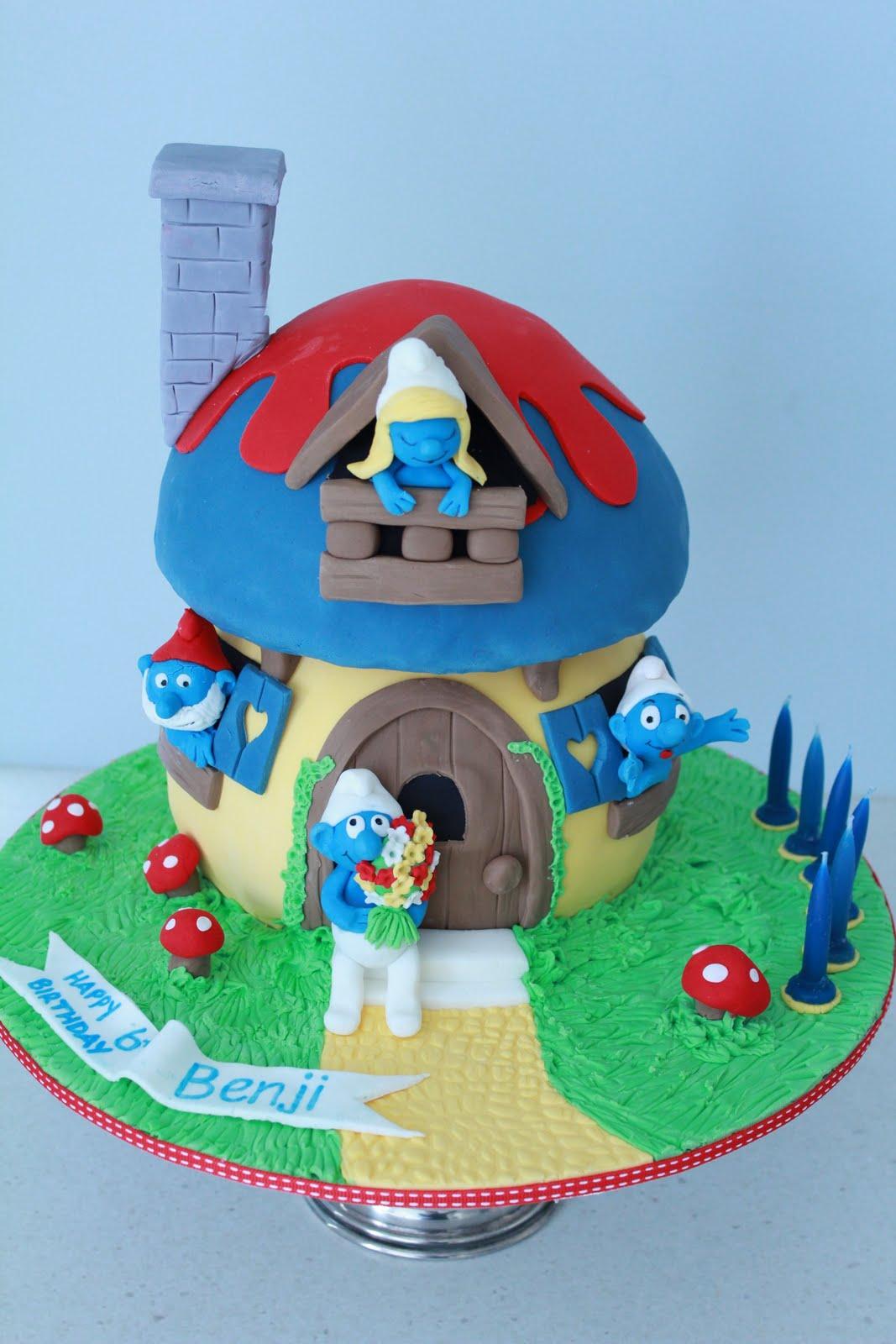 Prime 12 Smurfs Birthday Cakes Photo Smurfs Birthday Cake Smurf Funny Birthday Cards Online Overcheapnameinfo