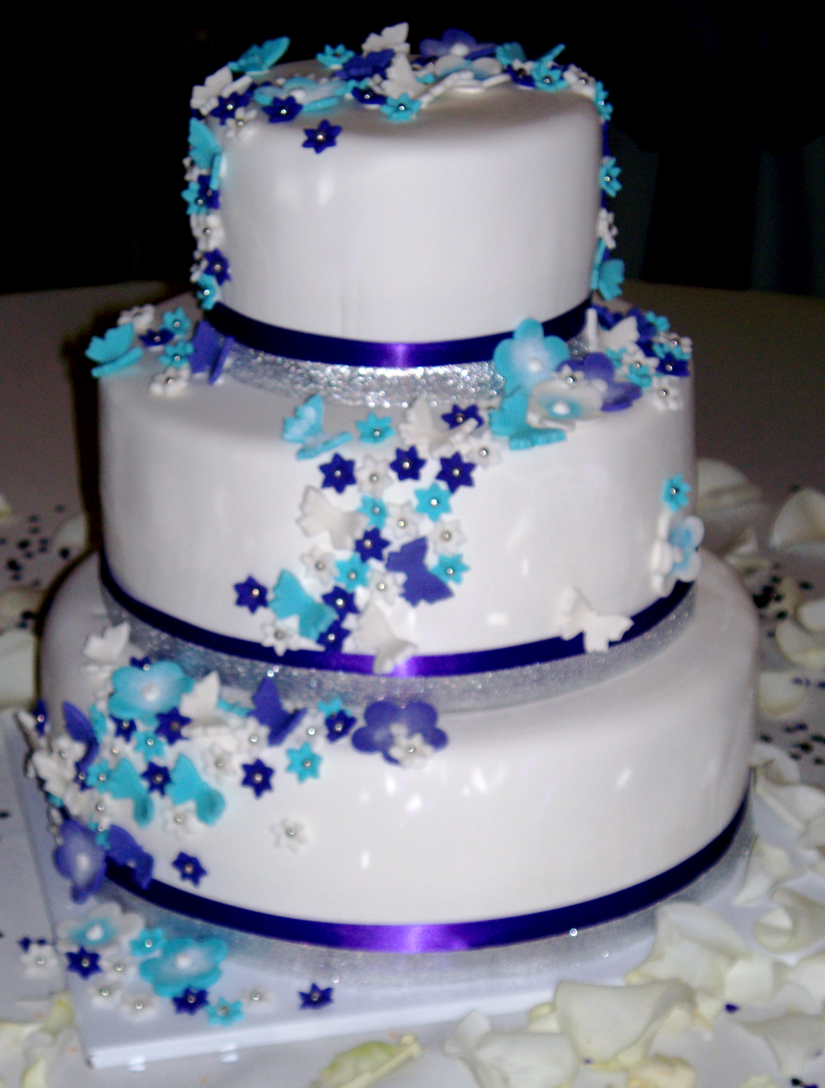 9 Lavender Butterfly And Flower Wedding Cakes Photo Purple