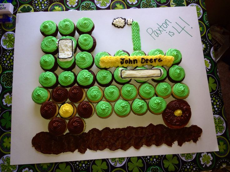 10 Simple Tractor Cupcakes Photo