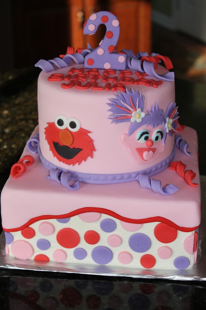 Groovy 11 Abby And Elmo Birthday Cupcakes Photo Abby Cadabby And Elmo Funny Birthday Cards Online Necthendildamsfinfo